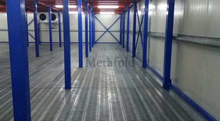 Mezzanine Supported Warehouse